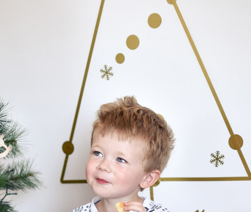 gold christmas tree wall decal