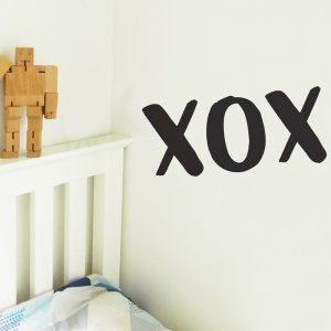 xox wall sticker kiss hug kiss wall decal
