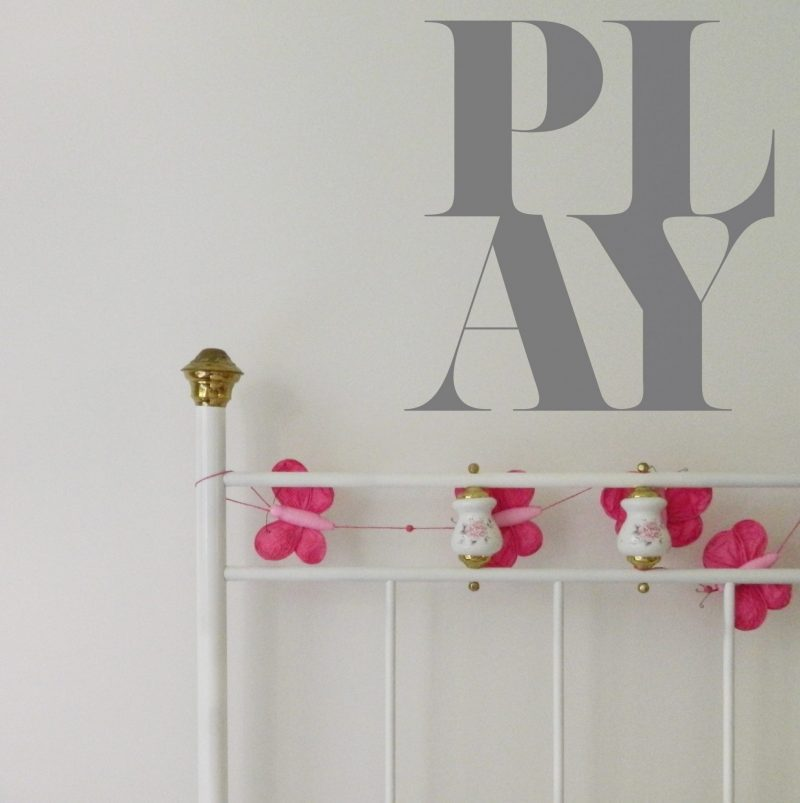 play wall sticker text