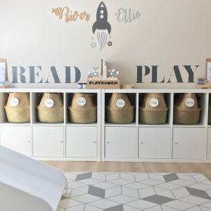 read wall sticker
